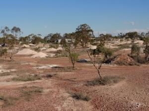 Three-mile opal fields